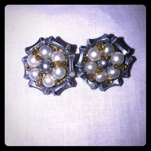 Vintage pair  clip on earrings Hong Kong gray whit